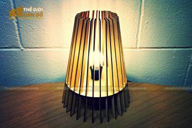 Thế giới đèn gỗ - Đèn gỗ trang trí để bàn TGDG-05
