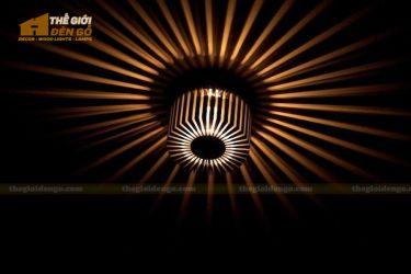 Thế giới đèn gỗ - Đèn gỗ trang trí treo tường DGW003