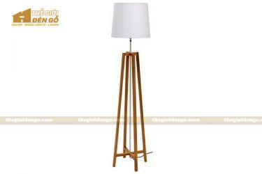 Thế Giới Đèn Gỗ - Đèn gỗ trang trí để sàn DGS008