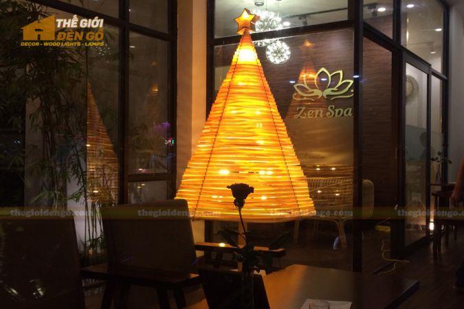 Thế Giới Đèn Gỗ - Đèn gỗ trang trí cây thông 1