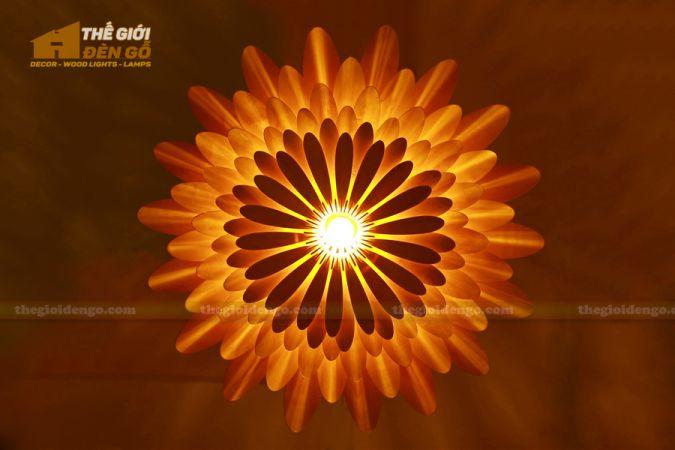 Thế Giới Đèn Gỗ - Đèn gỗ trang trí hoa cúc