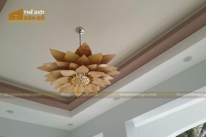 Thế giới đèn gỗ - Đèn gỗ trang trí hoa sen 2
