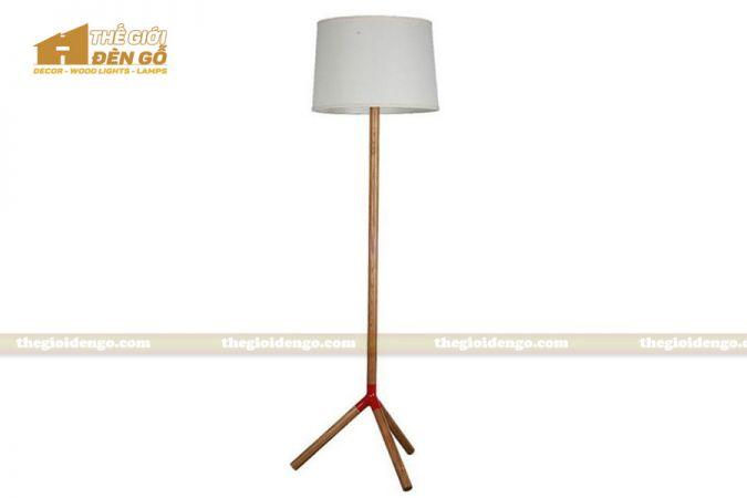 Thế Giới Đèn Gỗ - Đèn gỗ trang trí để sàn DGS024