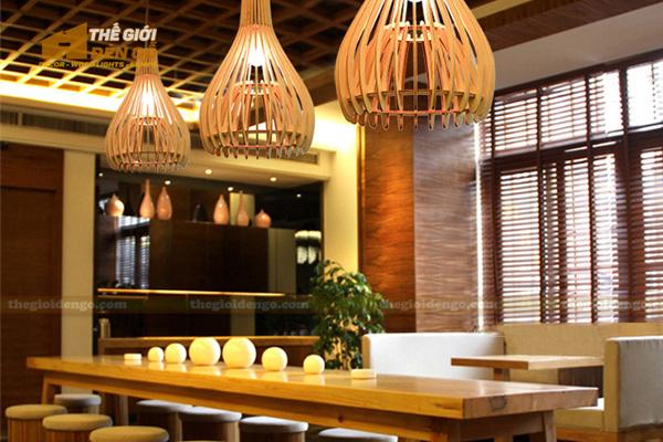 Thế Giới Đèn Gỗ - 8 mẫu đèn trang trí gỗ cho phòng ăn đẹp lung linh 9