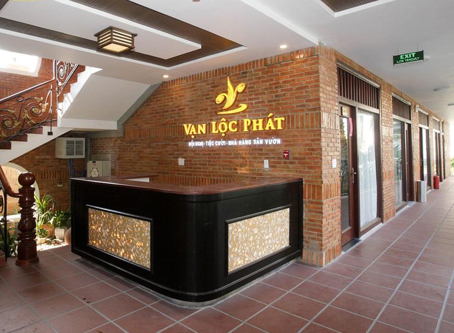 Thế Giới Đèn Gỗ - Dự án tổ hợp nhà hàng - trung tâm hội nghị - tiệc cưới Vạn Lộc Phát 1