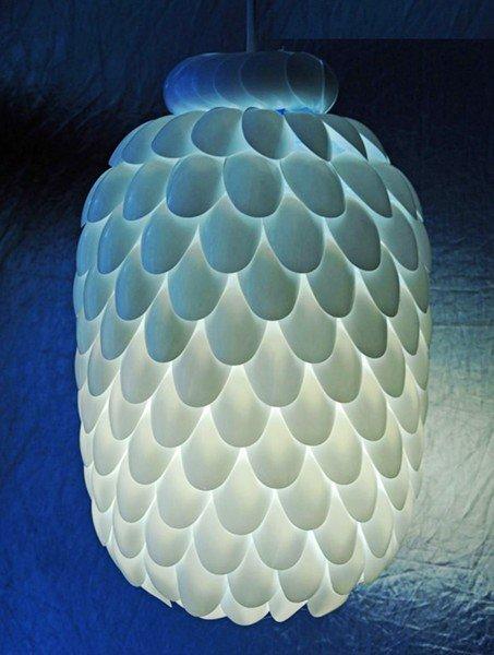 Thế Giới Đèn Gỗ - Hướng dẫn cách làm đèn trang trí handmade từ muỗng nhựa 3