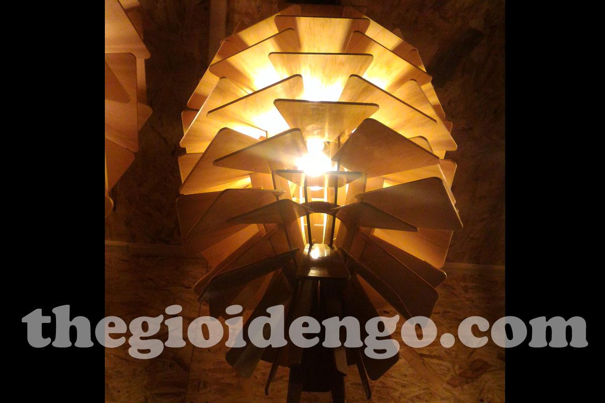 Thế Giới Đèn Gỗ - Đèn gỗ trang trí quả thông 1