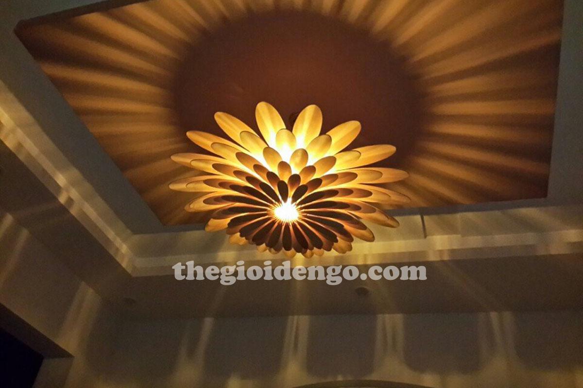 Thế Giới Đèn Gỗ - Đèn gỗ trang trí bông cúc