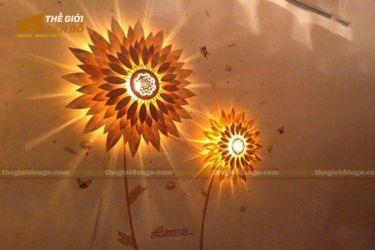 Thế Giới Đèn Gỗ - Đèn gỗ treo tường hoa hướng dương 600 - 2