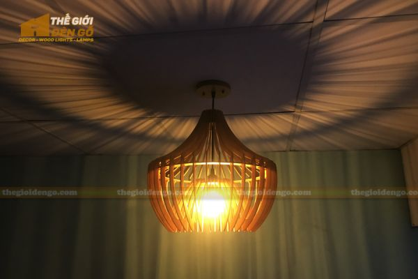 Thế giới đèn gỗ - Đèn gỗ trang trí chụp nhọn 9
