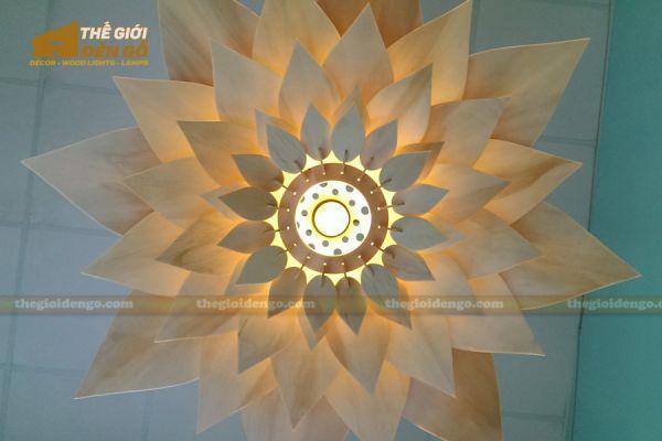 Thế Giới Đèn Gỗ - Đèn gỗ trang trí hoa súng 4