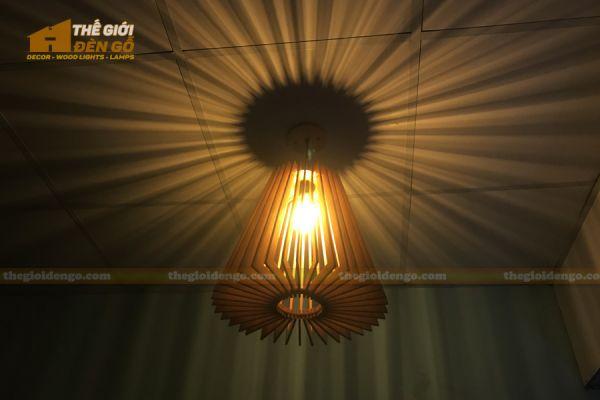 Thế giới đèn gỗ - Đèn gỗ trang trí nón trụ 9