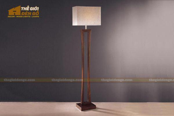 Thế Giới Đèn Gỗ - Đèn gỗ trang trí để sàn DGS004