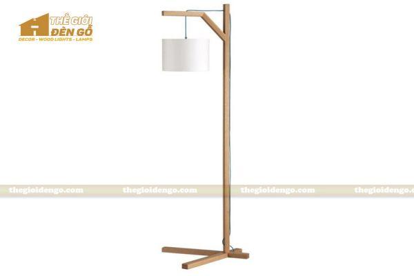 Thế Giới Đèn Gỗ - Đèn gỗ trang trí để sàn DGS025