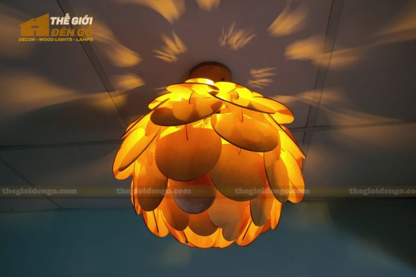 Thế Giới Đèn Gỗ - Đèn gỗ trang trí Atiso cánh tròn 13