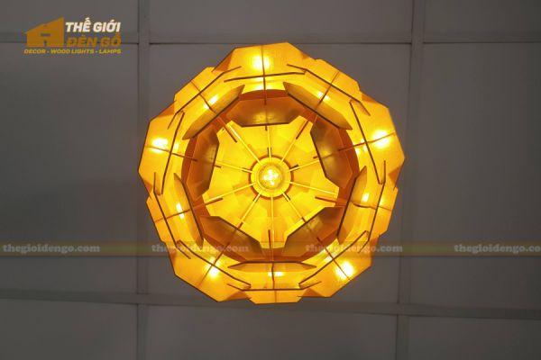 Thế Giới Đèn Gỗ - Đèn gỗ trang trí Atiso cánh vuông 12