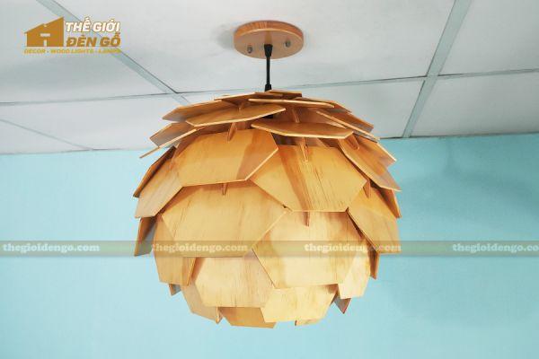 Thế Giới Đèn Gỗ - Đèn gỗ trang trí Atiso cánh vuông 13