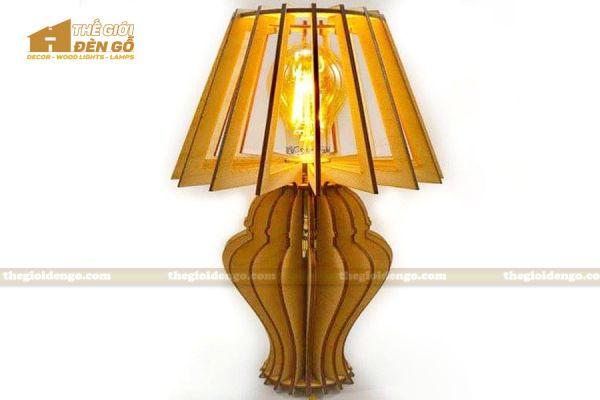 Thế Giới Đèn Gỗ - Đèn gỗ trang trí để bàn DGB029