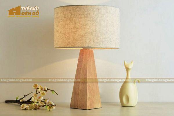 Thế Giới Đèn Gỗ - Đèn gỗ trang trí để bàn DGB025-2