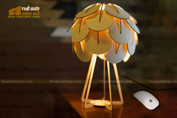 Thế Giới Đèn Gỗ - Đèn gỗ trang trí để bàn TGDG-17