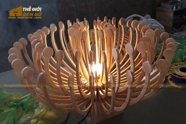 Thế Giới Đèn Gỗ - Đèn gỗ trang trí hải quỳ -1