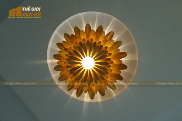 Thế Giới Đèn Gỗ - Đèn gỗ trang trí hoa cúc 12
