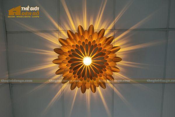 Thế Giới Đèn Gỗ - Đèn gỗ trang trí hoa cúc 17