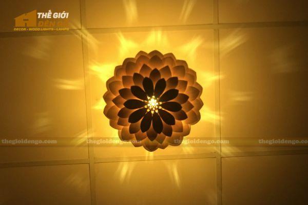 Thế Giới Đèn Gỗ - Đèn gỗ trang trí hoa cúc bất tử 10