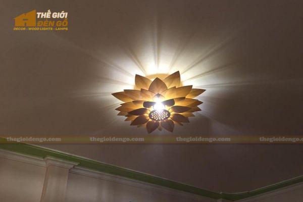 Thế giới đèn gỗ - Đèn gỗ trang trí hoa sen 12