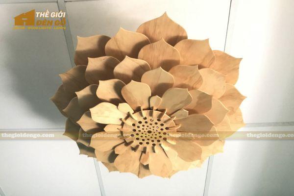Thế Giới Đèn Gỗ - Đèn gỗ trang trí sen đá 1