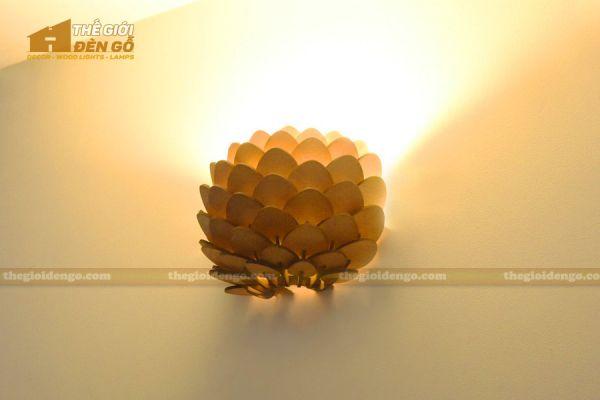 Thế Giới Đèn Gỗ - Đèn gỗ trang trí treo tường DGW042