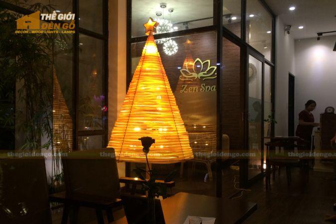 Thế Giới Đèn Gỗ - Đèn gỗ trang trí cây thông 2