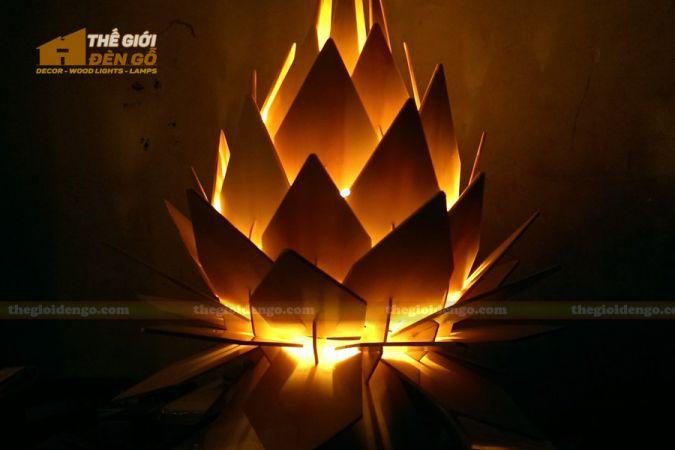 Thế Giới Đèn Gỗ - Đèn gỗ trang trí hoa quỳnh 6