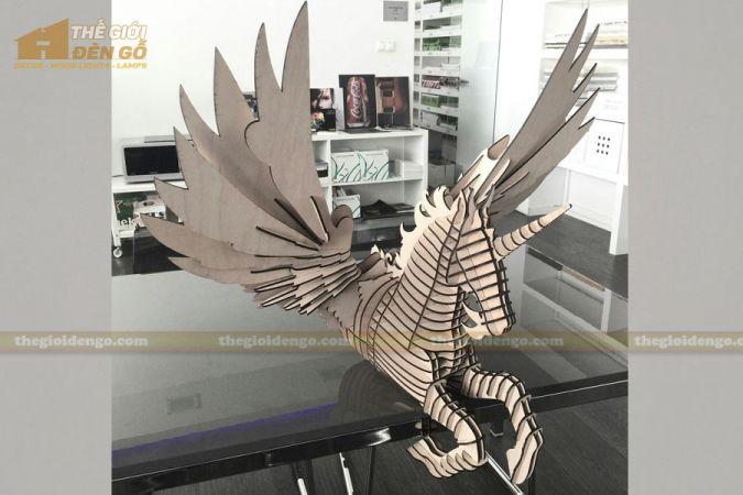 Thế Giới Đèn Gỗ - Đèn gỗ trang trí ngựa Pegasus 3