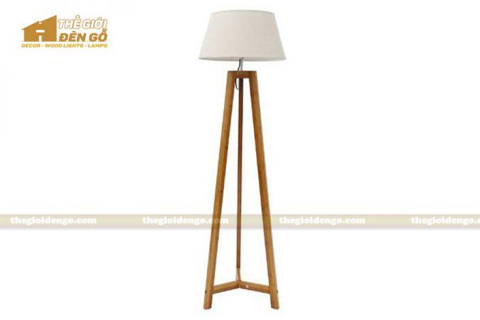 Thế Giới Đèn Gỗ - Đèn gỗ trang trí để sàn DGS009