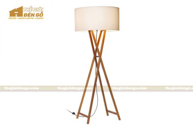 Thế Giới Đèn Gỗ - Đèn gỗ trang trí để sàn DGS018