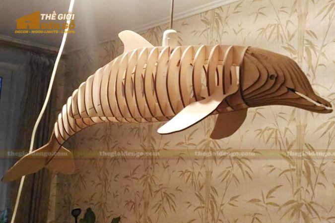 Thế Giới Đèn Gỗ - Đèn gỗ trang trí cá heo 1