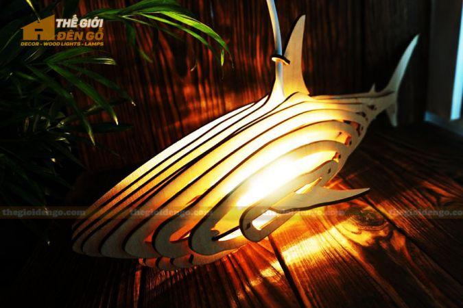 Thế Giới Đèn Gỗ - Đèn gỗ trang trí cá mập 2