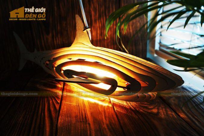 Thế Giới Đèn Gỗ - Đèn gỗ trang trí cá mập