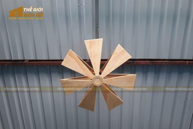Thế Giới Đèn Gỗ - Đèn gỗ trang trí cánh quạt 1