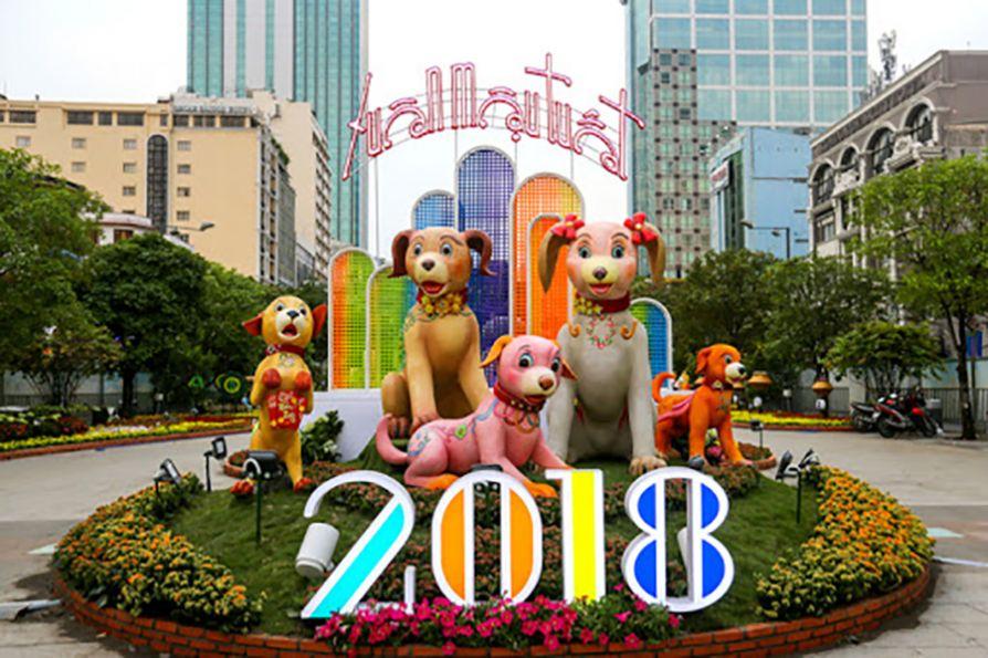 Thế Giới Đèn Gỗ - Dự án đường hoa Nguyễn Huệ Quận 1